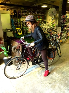 veloaporter cycling with style cycling in heels