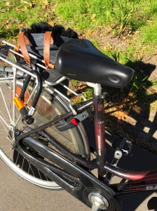 omafiets second-hand bicycles dutch bicycles veloaporter Batavus reviews